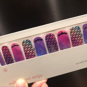 Wanna Hang? Halloween Jamberry Lacquer Strips NEW